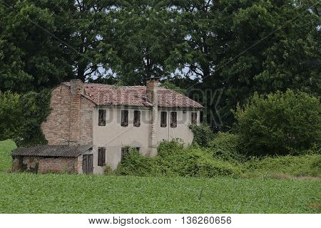 Country house in Rovigo, Italy