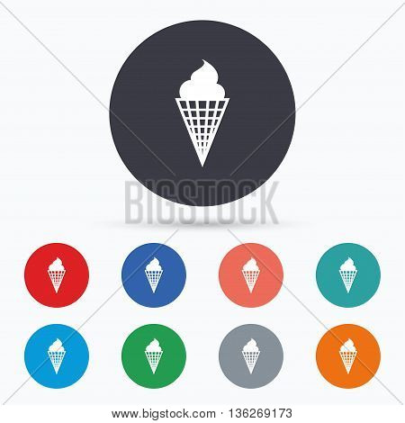 Ice Cream sign icon. Sweet symbol. Flat ice cream icon. Simple design ice cream symbol. Ice cream graphic element. Circle buttons with ice cream icon. Vector