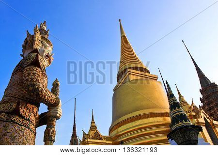Pra Keaw temple, The famous place located in Bangkok Thailand. it is old grand palace.