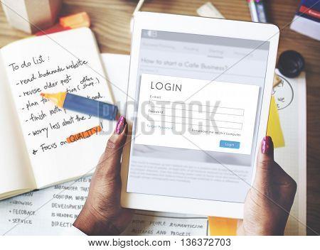 Online Digital Device Information Concept