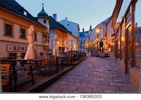 BANSKA STIAVNICA, SLOVAKIA - JUNE 08, 2016: Square in the old town of Banska Stiavnica on June 08, 2016.