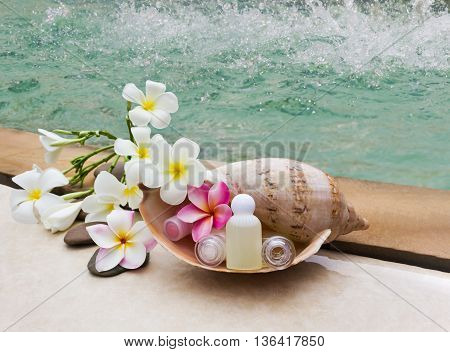 Shampoo Conditioner Spa Set Treatment At Swiming Pool