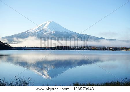 Mountain Fuji view from the lakeThe symbol of Japan.