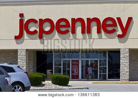 Indianapolis - Circa June 2016: JC Penney Retail Mall Location. JCP is an Apparel and Home Furnishing Retailer V