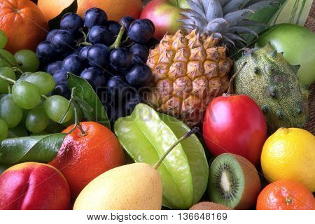 an image with fruit aroma and taste. fills the entire image