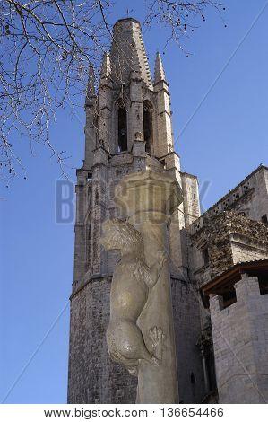 El cul de la Lleona and Sant Feliu Church, Girona, Spain