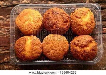 Fresh baked Vaniila cup cakes in packging