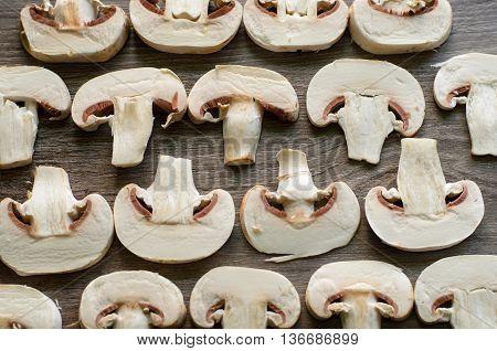 Cut Champignons