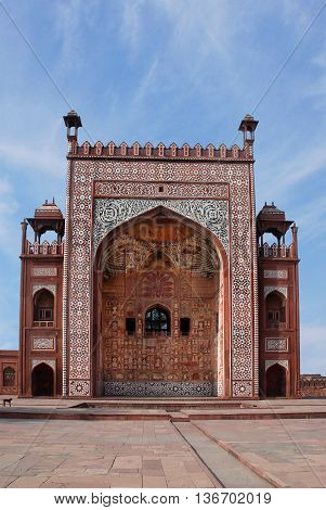 Agra. The facade of the building in the area of the Sikandra tomb of Mughul Emperor Akbar