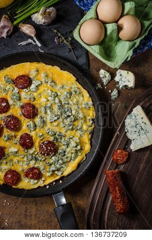 Omelet With Blue Cheese And Sausage