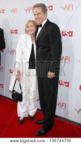 Eva Marie Saint and Warren Beatty at the 36th AFI Life Achievement Award held at the Kodak Theater in Hollywood, USA on June 12, 2008.