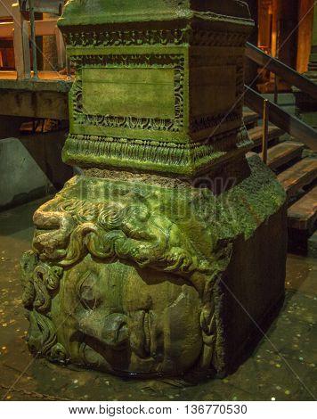 Medusa Head Statue