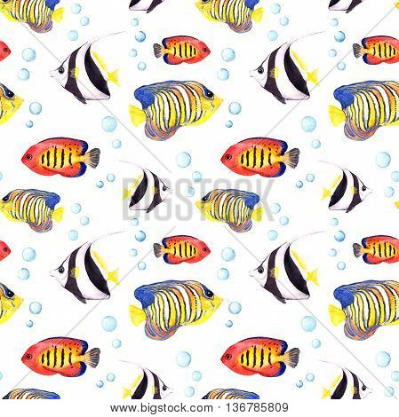 Tropical fish. Repeating seamless pattern. Watercolor sea background