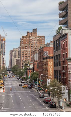 NEW YORK CITY, USA - SEPTEMBER 27, 2015: View from the high line over a Chelsea street