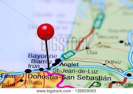 St-Jean-de-Luz pinned on a map of France