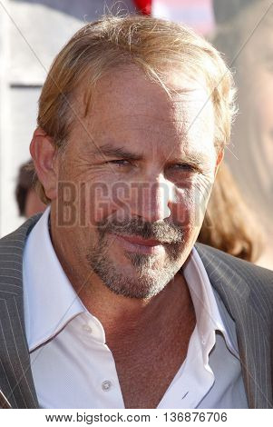Kevin Costner at the World premiere of 'Swing Vote' held at the El Capitan Theater in Hollywood, USA on July 24, 2008.