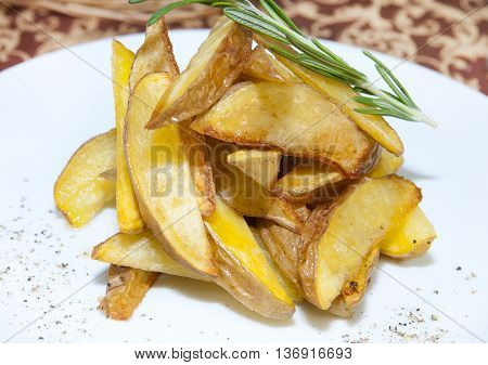 fried potatoes Slices Small Starchy Vegetable Yellow