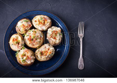 Baked Stuffed Potatoes With Bacon, Eggs And Chives