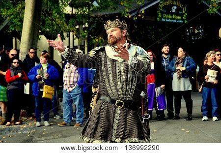 Mount Hope Pennsylvania - October 17 2015: The King of the Faire emoting for visitors to the annual Pennsylvania Renaissance Faire