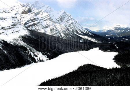 Lake Peyto In Winter Canada