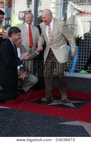LOS ANGELES - SEP 19:  Carl Reiner, Jon Cryer at the Jon Cryer Hollywood Walk of Fame Star Ceremony at Hollywood Walk of Fame on September 19, 2011 in Los Angeles, CA