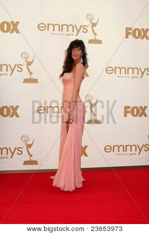 LOS ANGELES - SEP 18:  Paz de la Huerta arriving at the 63rd Primetime Emmy Awards at Nokia Theater on September 18, 2011 in Los Angeles, CA