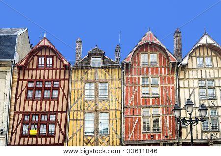 Troyes, bunten Fachwerkhäusern
