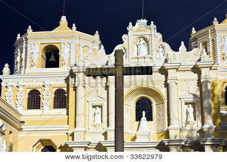 La Merced Church In Antigua