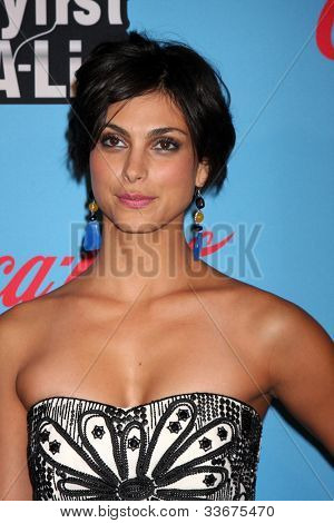 LOS ANGELES - MAR 15:  Morena Baccarin arrives at the