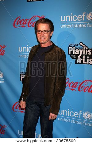 LOS ANGELES - MAR 15:  Kyle MacLachlan arrives at the