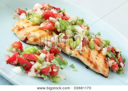 Grilled chicken with salsa fresca