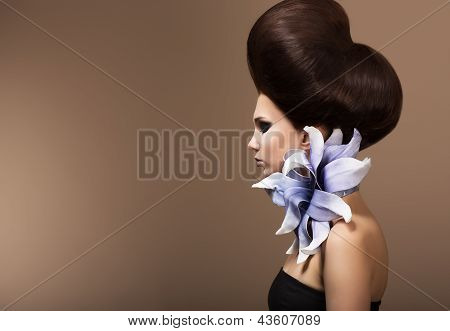 Styling. Gorgeous Fashion Woman With Trendy Hairstyle. Brown Hairs