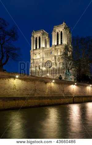 Notre Dame Cathedral, Paris, Ile De France, France