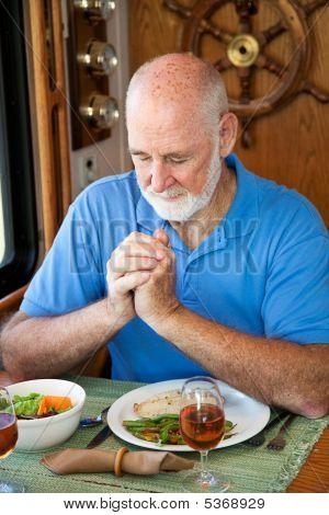 Rv Senior Man Says Grace