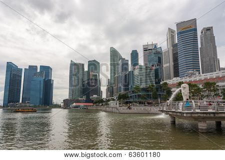 SINGAPORE - NOVEMBER 05, 2012: Marina Bay promenade view the Central Business District with office buildings. Singapore is the world's financial center and  largest financial center in Southeast Asia.