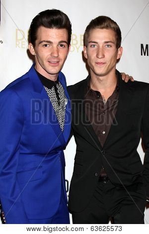 LOS ANGELES - APR 17:  Drake Bell, Talon Reid at the Drake Bell's Album Release Party for