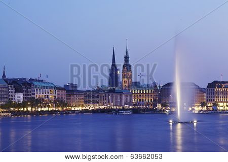 Hamburg - Binnenalster (inner Alster) And Town Hall In The Evening