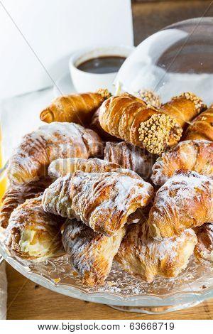 Croissants And Cannoli