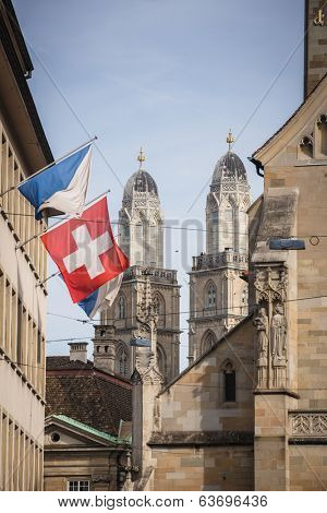Zurich, Switzerland - The Grossmunster towers behind Fraum�?�?�?�¼nster church, shot from Paradeplatz