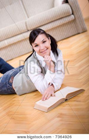 Buch zu lesen