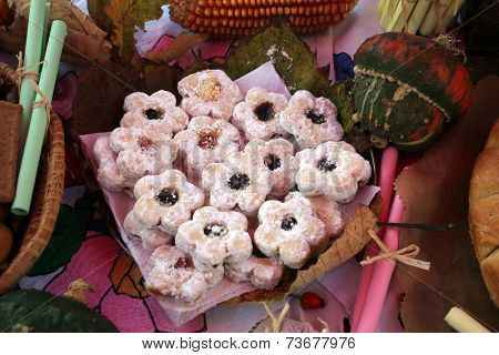 ZAGREB, CROATIA - OCTOBER 12: Homemade cakes, All-Croatian Folklore Bread Day - a day thanksgiving for fruits of the land was held in Zagreb, on October 12, 2014.