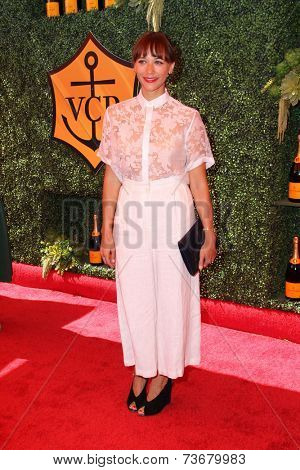 LOS ANGELES - OCT 11:  Rashida Jones at the Fifth-Annual Veuve Clicquot Polo Classic at Will Rogers State Historic Park on October 11, 2014 in Pacific Palisades, CA