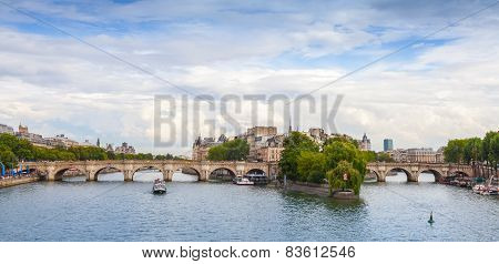 Panoramic Rhoto Of Cite Island And Pont Neuf, Paris