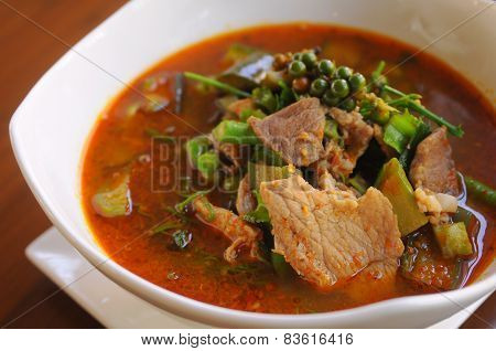 Hot and spicy Thai soup with vegetable