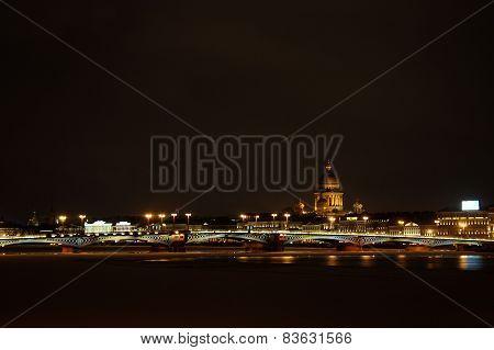 Nightly Saint-Petersburg