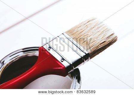 brush on paint can