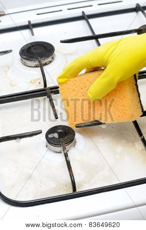 Cleaning Of Dirty Gas Stove Burner