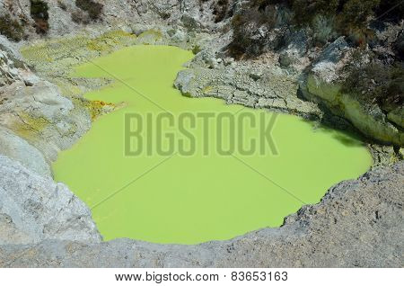 Sulphur Crater Lake At Wai-o-tapu