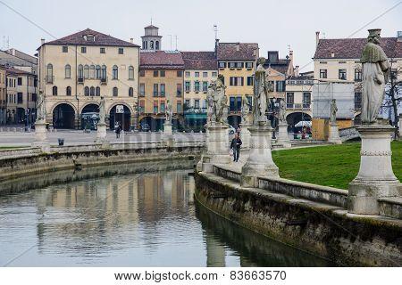 Piazza Prato Della Valle, Padua