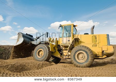 Wheel Loader Excavation Working